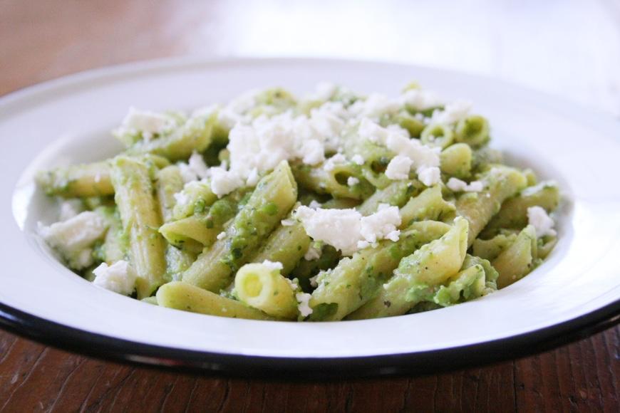 Sweet Pea & Mint Pesto (Vegan) - Nicki SizemoreNicki Sizemore