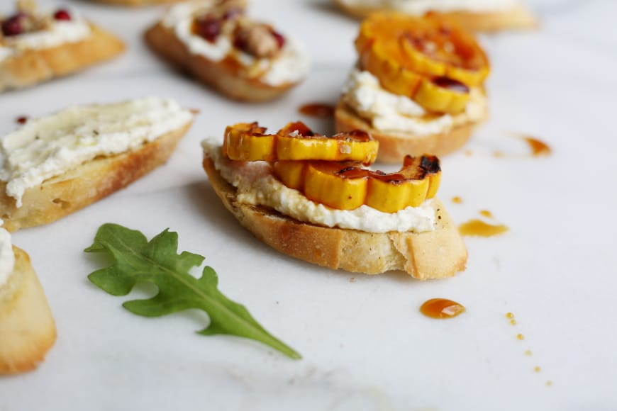 Whipped Ricotta Crostini (a.k.a. the easiest appetizer ever!)Nicki ...